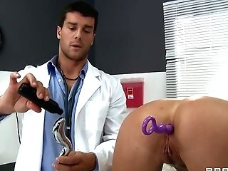 Doc Ramon And His Sexual Zoey Holiday